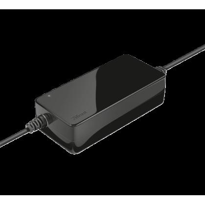 Универсальное зарядное устройство Xumo 70W laptop charger